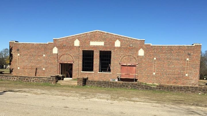 Brick restoration on commercial property
